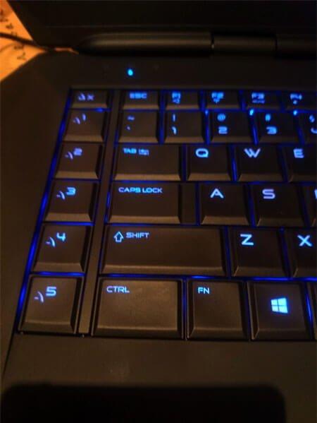 Alienware-15-Macro-Keys